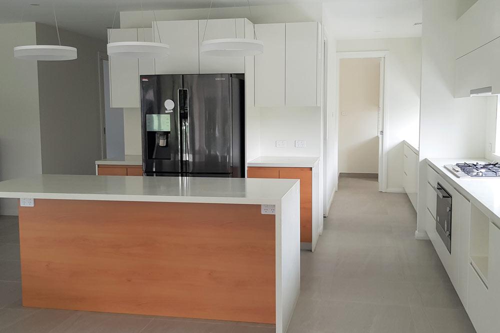 New Home Rivertsone Kitchen
